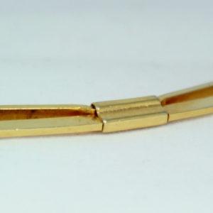 Kraagspeld - collar clip goudkleurig