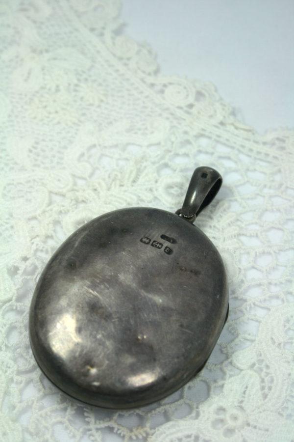Victoriaans medaillon, zilver (birmingham 1881)