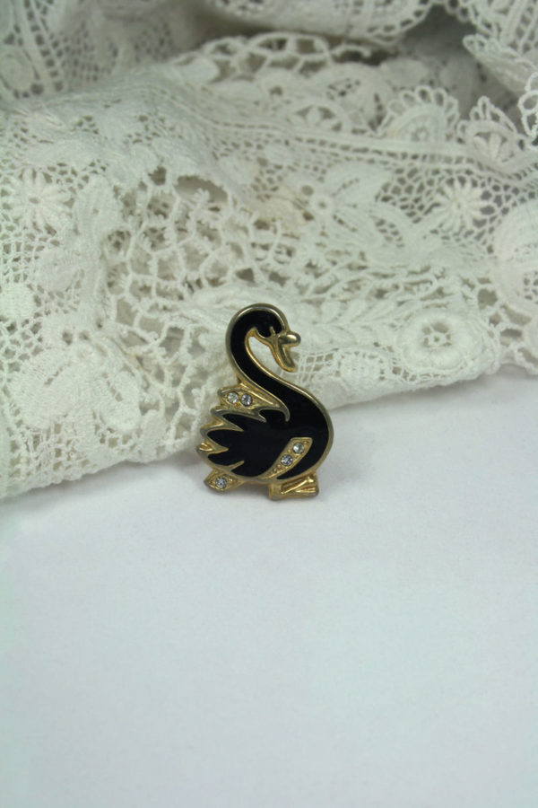 vintage broche in de vorm van een zwaan