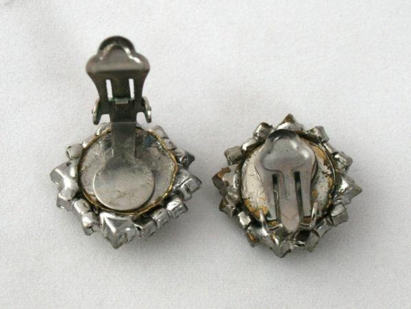 glamour oorbellen uit de jaren 50-60
