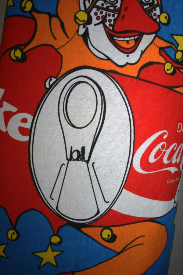 Coke schort
