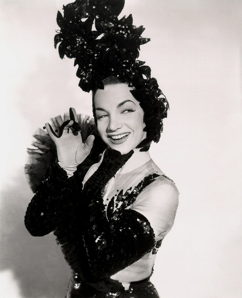 Carmen Miranda - de vrouw met de fruitschaal op haar hoofd.