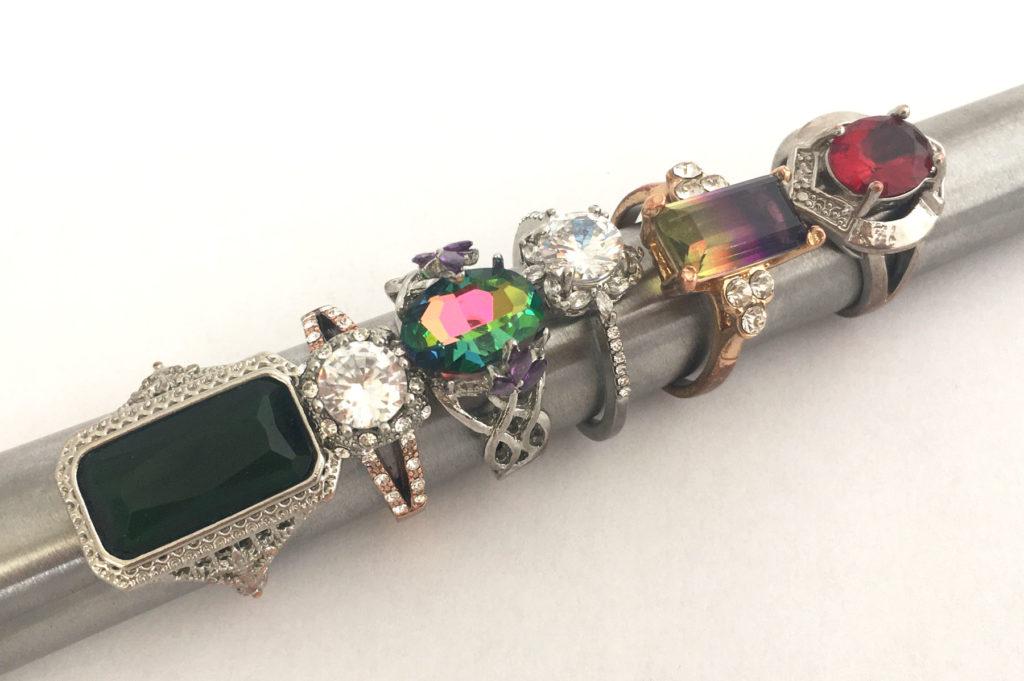 Vintage ringen nu te koop in de vintage accessoires webshop
