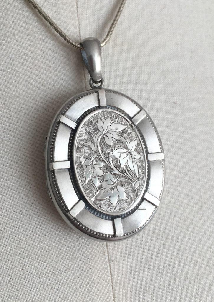 antiek zilveren medaillon, victoriaans