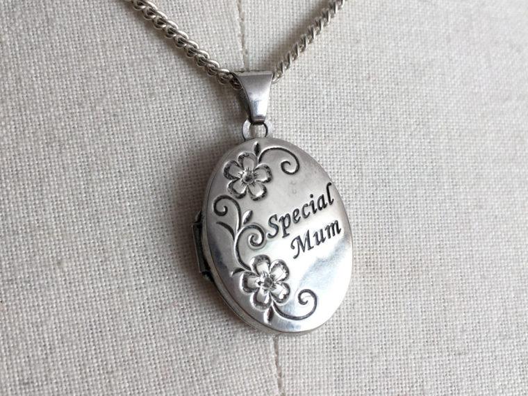 medaillon special mum