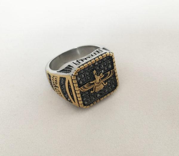 Vintage ring geïnspireerd door Egypte en de godin Isis