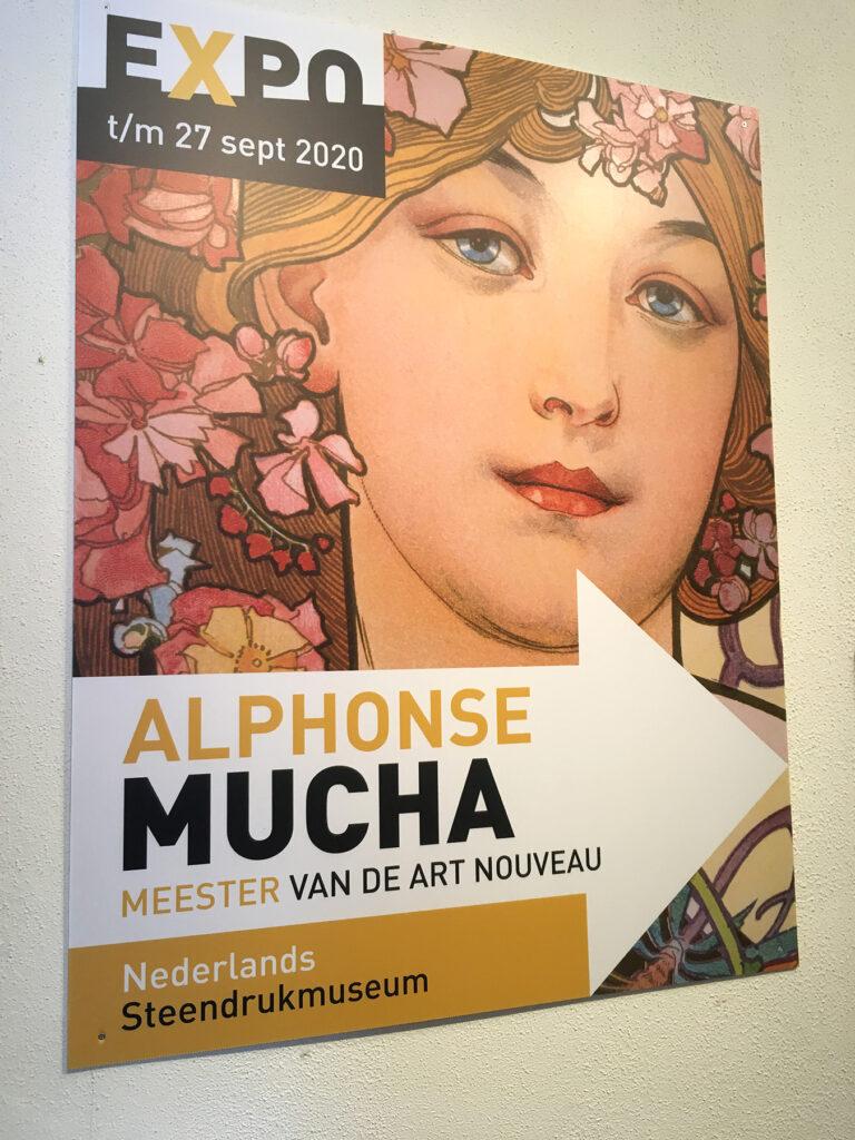 Alphonse Mucha meester van de art nouveau