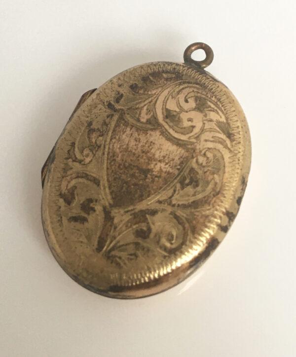 Antiek medaillon, verguld