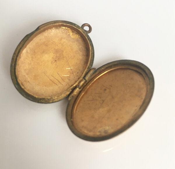 Brocante medaillon, edwardiaans