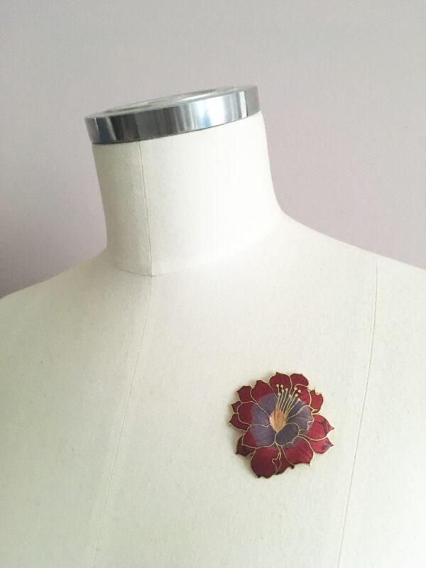 Emaille bloem broche