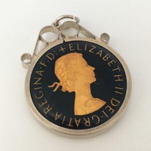 geëmailleerde half penny queen Elisabeth