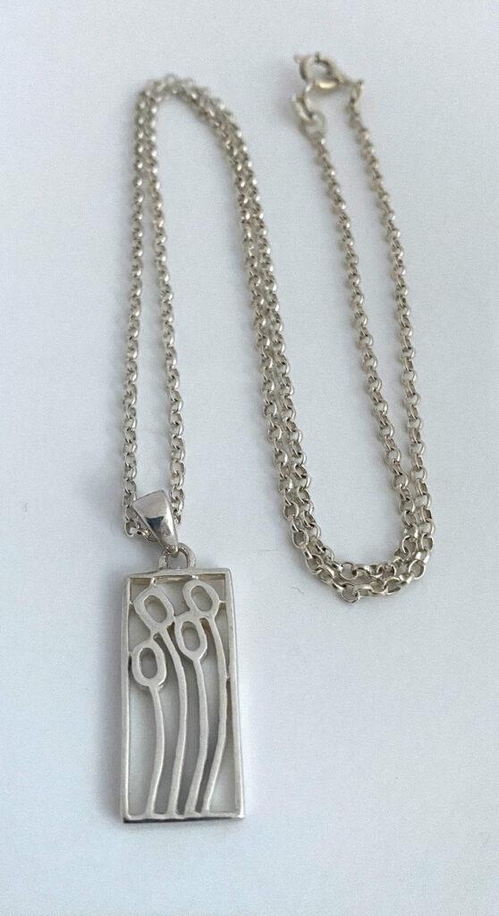 zilveren ketting met strak design