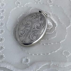 Zilveren medaillon uit 1975