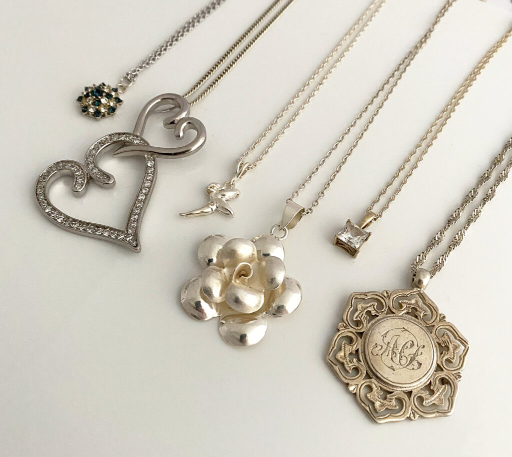 vintage zilveren kettingen en hangers, cadeau voor Valentijnsdag
