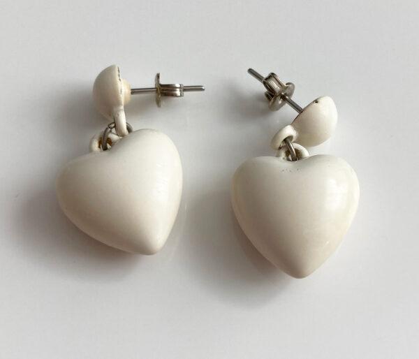 vintage plastic hartjes oorbellen